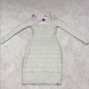 🆕 NWT 2b Bebe open back dress